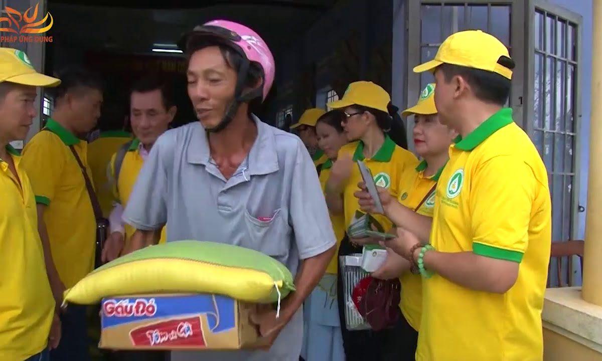 Cứu Trợ Đồng Bào Lũ Lụt Tại Khánh Hòa Ngày 01-12-2017